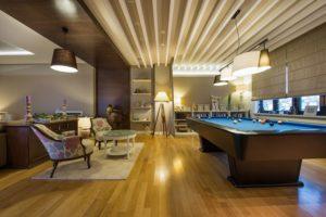 Oak Laminate Flooring Services